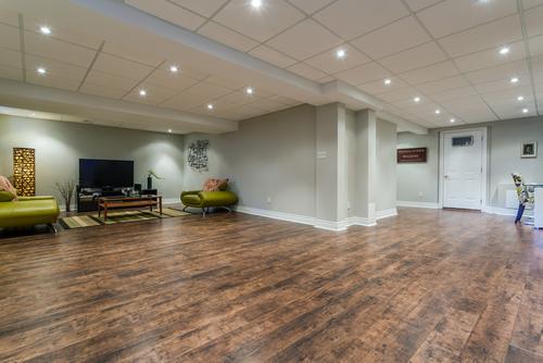 top tile options for basement flooring GJGDXED