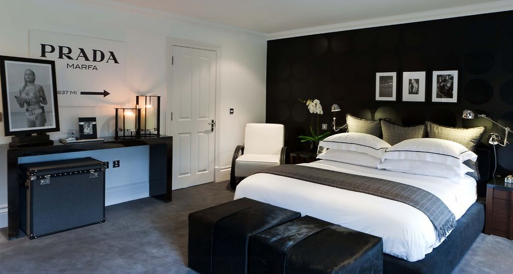 black and white bedroom ideas for small rooms 35 timeless black and white bedrooms that know how to stand AMXSTKL