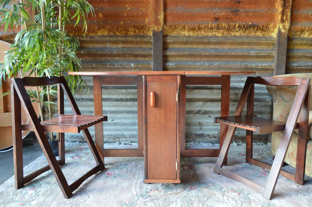 drop leaf table with folding chairs stored inside drop leaf gate leg table 4 folding chairs stored inside ILCRHJX