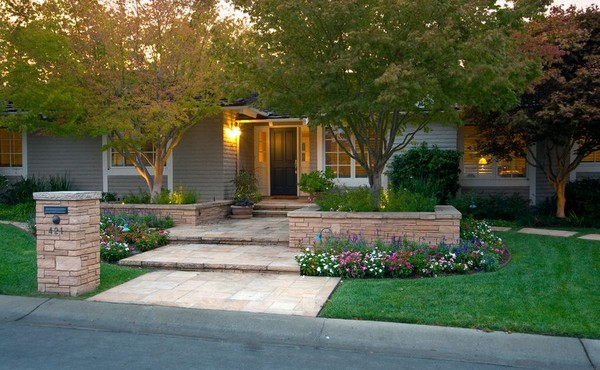 front yard landscaping ideas on a budget landscaping ideas for front yards. 1. cheap landscaping ideas OQBKOTJ