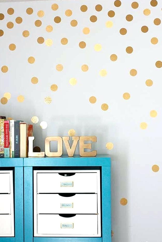 good looking homemade wall decoration ideas for bedroom view by UPDJWMJ