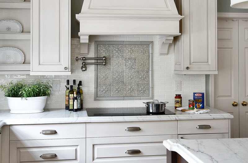 Kitchen Backsplash Ideas With White Cabinets: Food for Thought