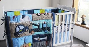 Ups Free New baby 4 pcs set Dog Car Boy Baby Cot Crib Bedding Set