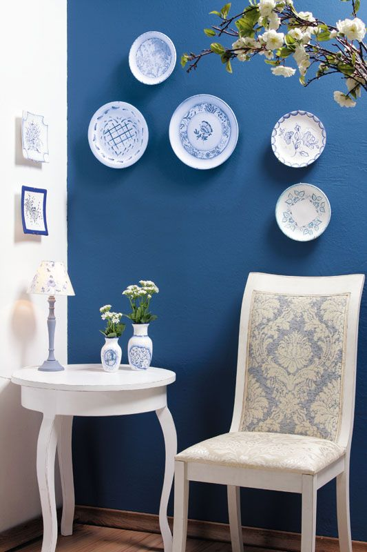 decorative wall plates ceramics blue vintage flair | DIY Home