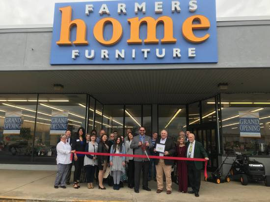 Business: Farmers Home Furniture ribbon-cutting (12/5/18