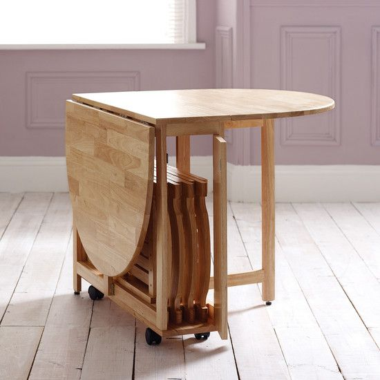 This table would bve good for small apartment living because it can