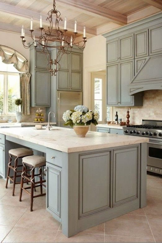20 Ways to Create a French Country Kitchen | Housage | Pinterest