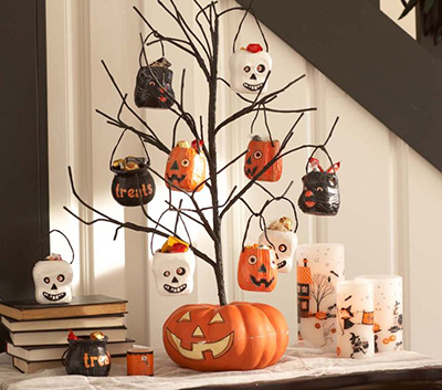 Boolishiously Fun Halloween Home Decor! - Bob Ashworth