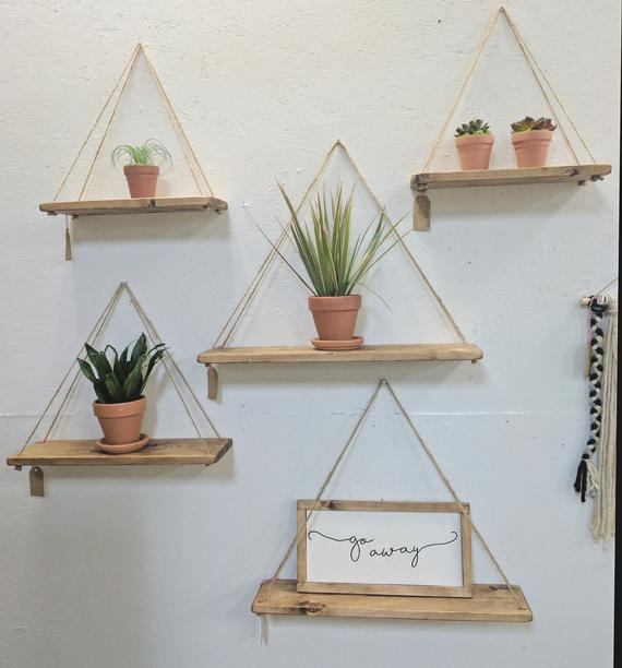 Hanging Shelves Flexible Features for   Easy Organization