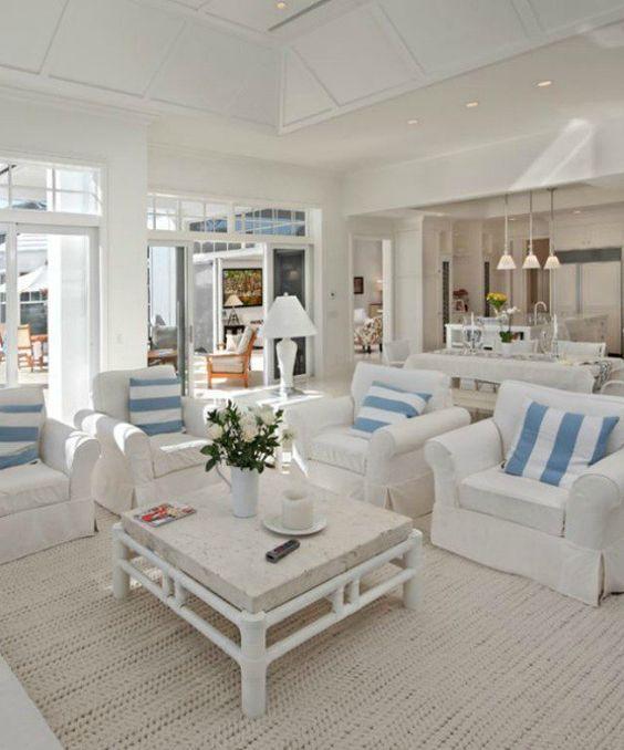 40 Chic Beach House Interior Design Ideas | Living Room Decor Ideas