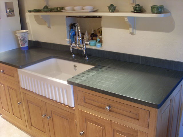 Kitchen worktops and flooring | Saddleback Slate