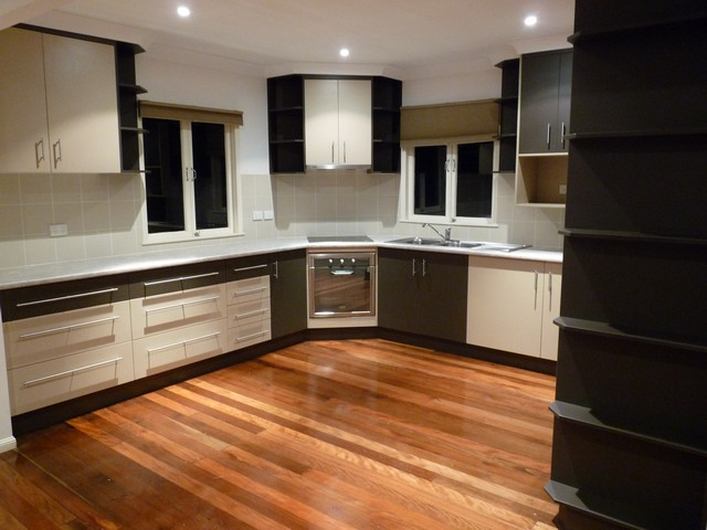 L Shaped Kitchen Design | Kitchen Gallery | Kitchens Brisbane