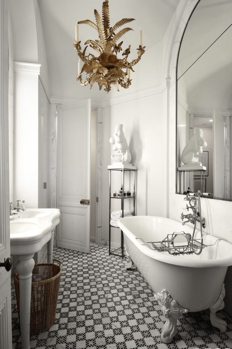 25 Best Modern Bathrooms - Luxe Bathroom Ideas with Modern Design