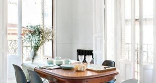 Look We Love: Traditional Table + Modern Chairs | Editor's Choice