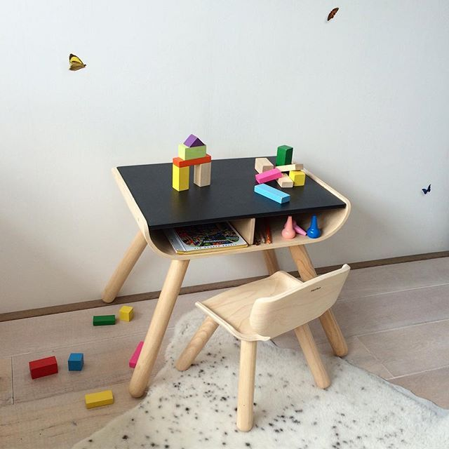 Suitable for 1,5 - 5 years, this plantoys desk and chair. Your