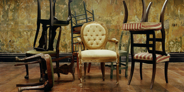10 Best Websites For Vintage Furniture That You Can Browse From Your