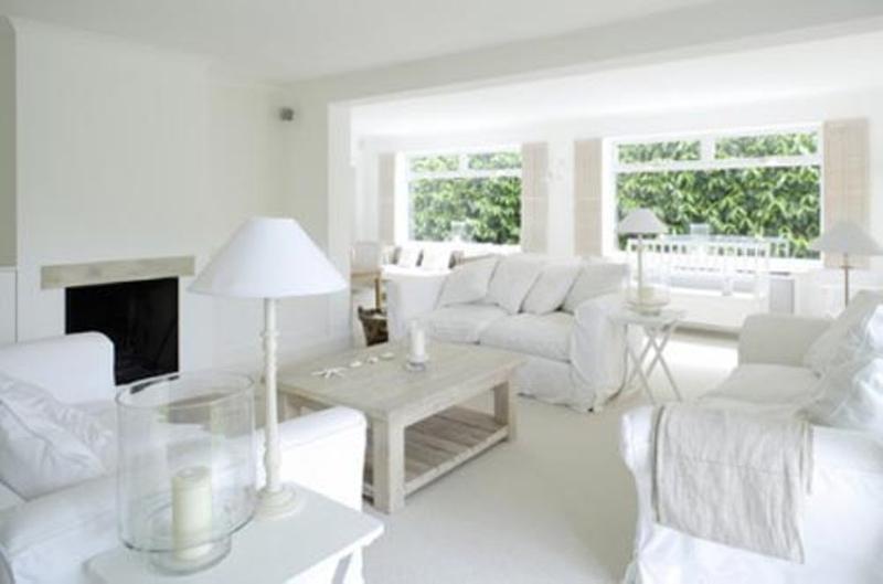 15 Serene All White Living Room Design Ideas - Rilane