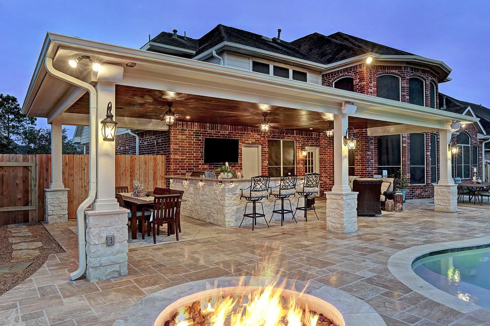 ... beautiful outdoor living area tittle ... ZORLWBT
