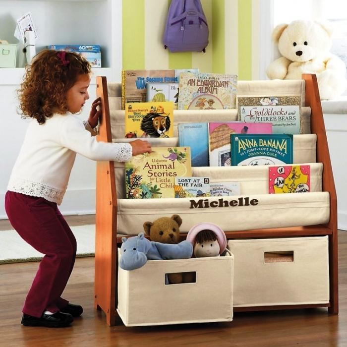 10 great and colorful kids bookshelves EYPDYMX