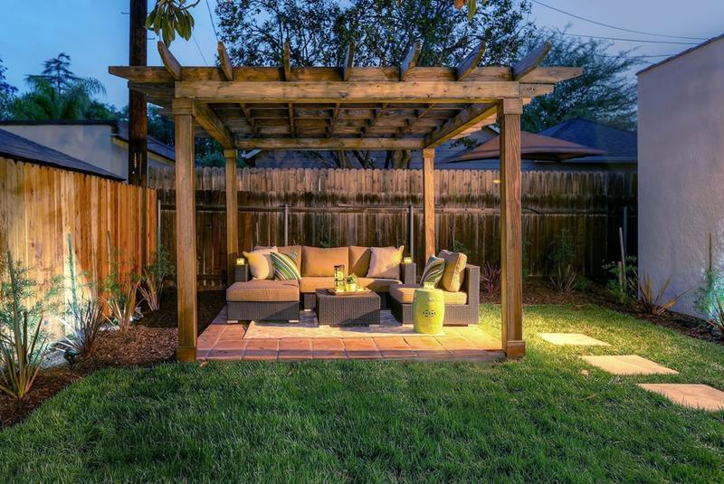 Creating wonderful backyard patio designs