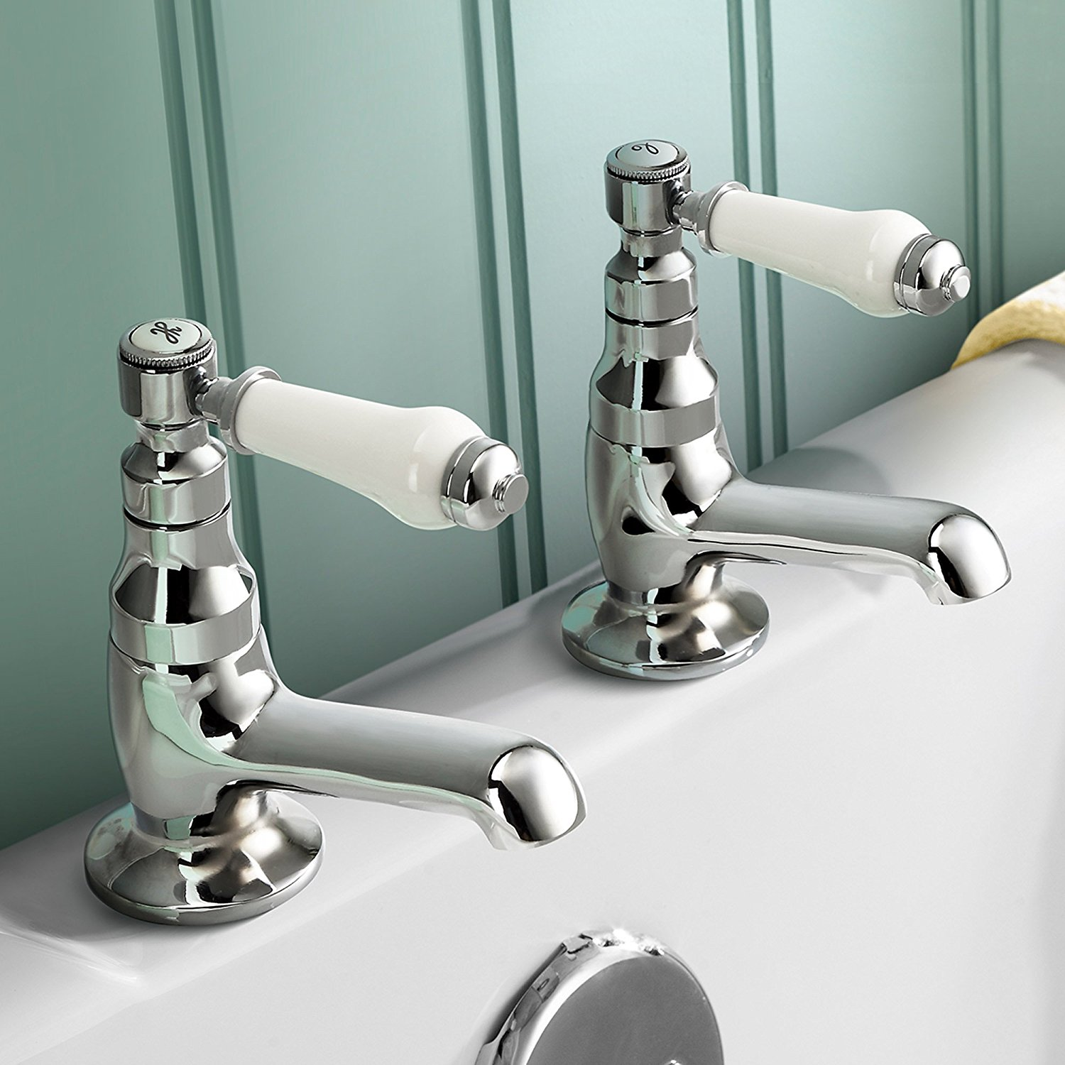 bath taps traditional twin basin sink hot and cold taps pair chrome bathroom faucet RLEFYOM
