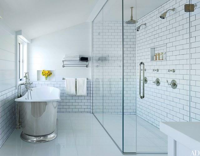 bathroom design white bathroom with silver tub RIEYUUM