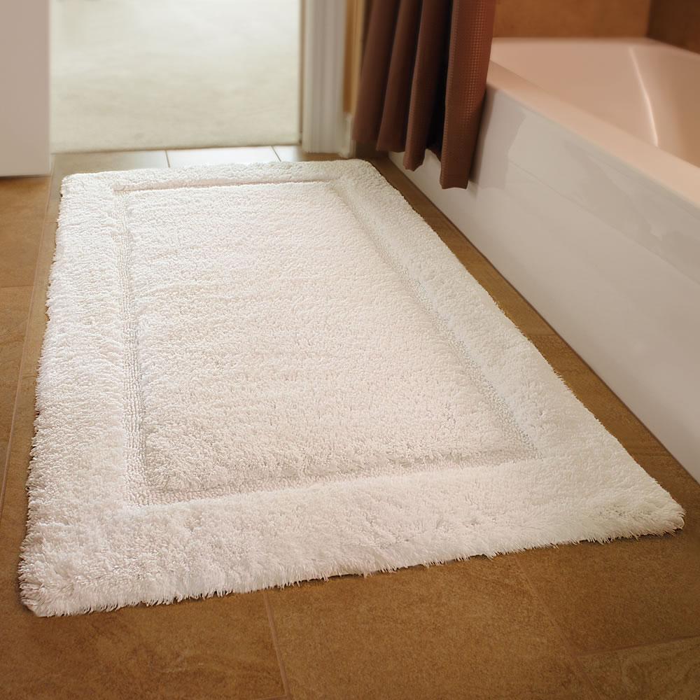 bathroom mat the european luxury spa bath mat - hammacher schlemmer LHBROPC