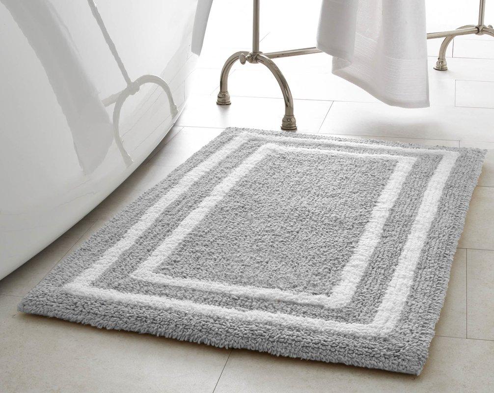 Choosing the Right Bathroom Mat