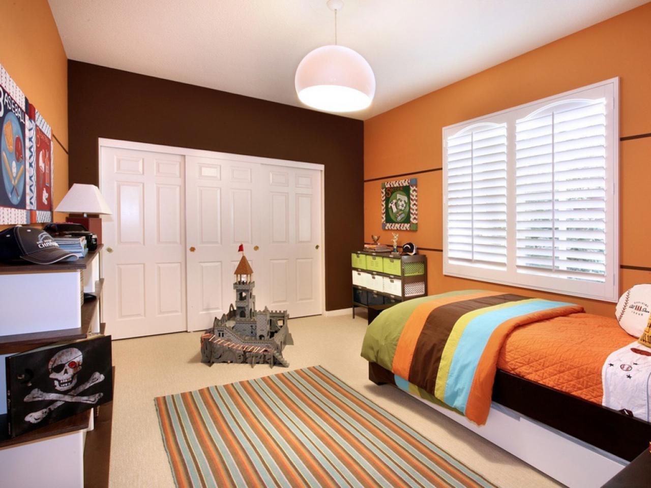 bedroom paint ideas bright yellow bedroom WMOXIBI