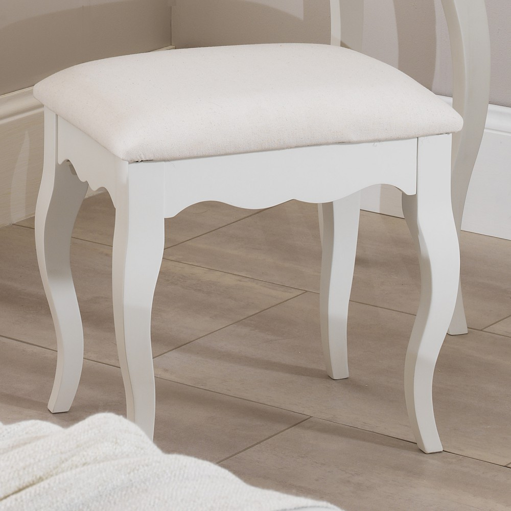 Bedroom stools makes them look better in design