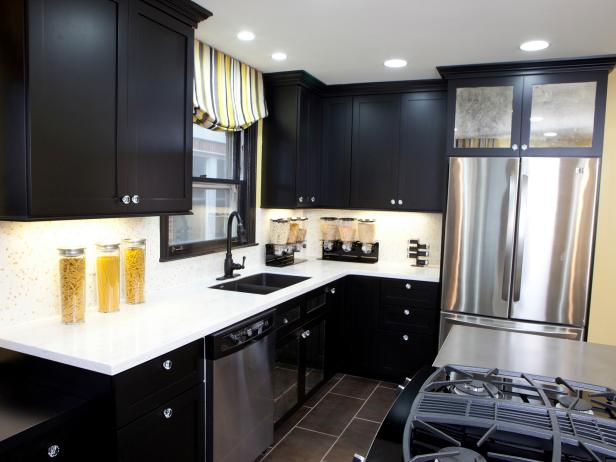 black kitchen cabinets BAQWLKQ