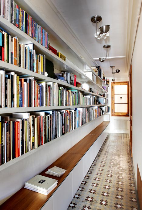 book storage hack #1: hallway library JSWJLKV