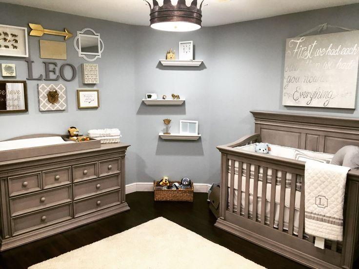 boy nursery ideas classic serene nursery fit for a king - love this royal-inspired baby boy IRVQNDE