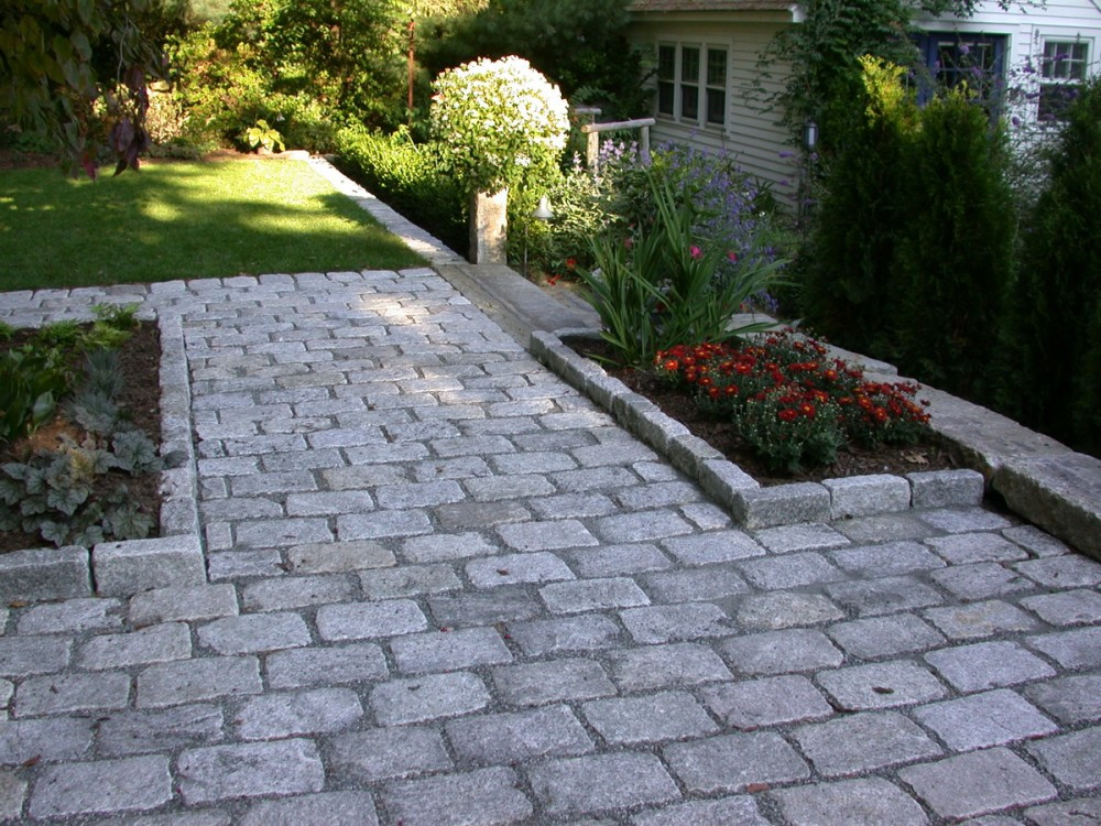 cobble stone patio YSRBYUN