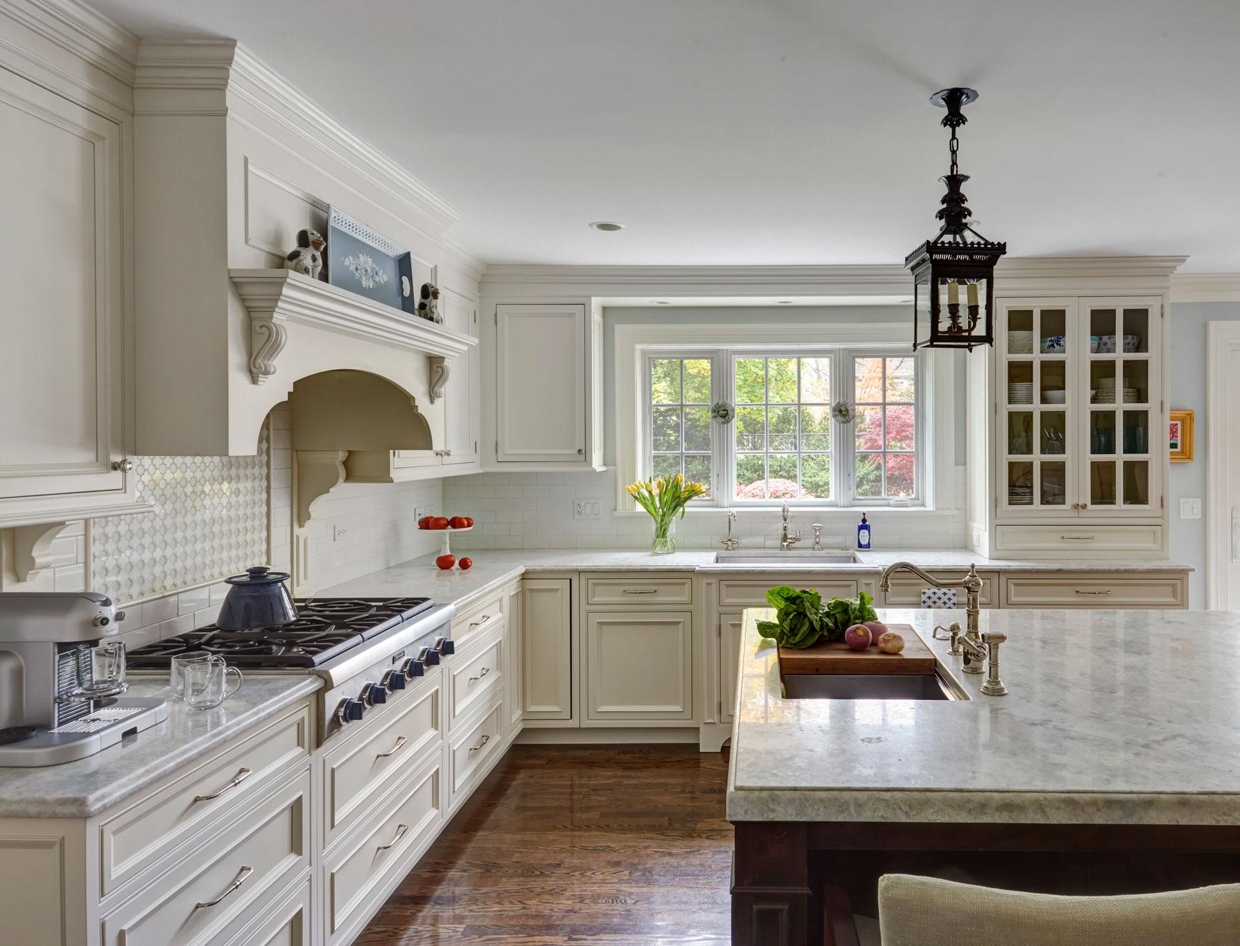 designer kitchens u0026 baths WRMEQFM