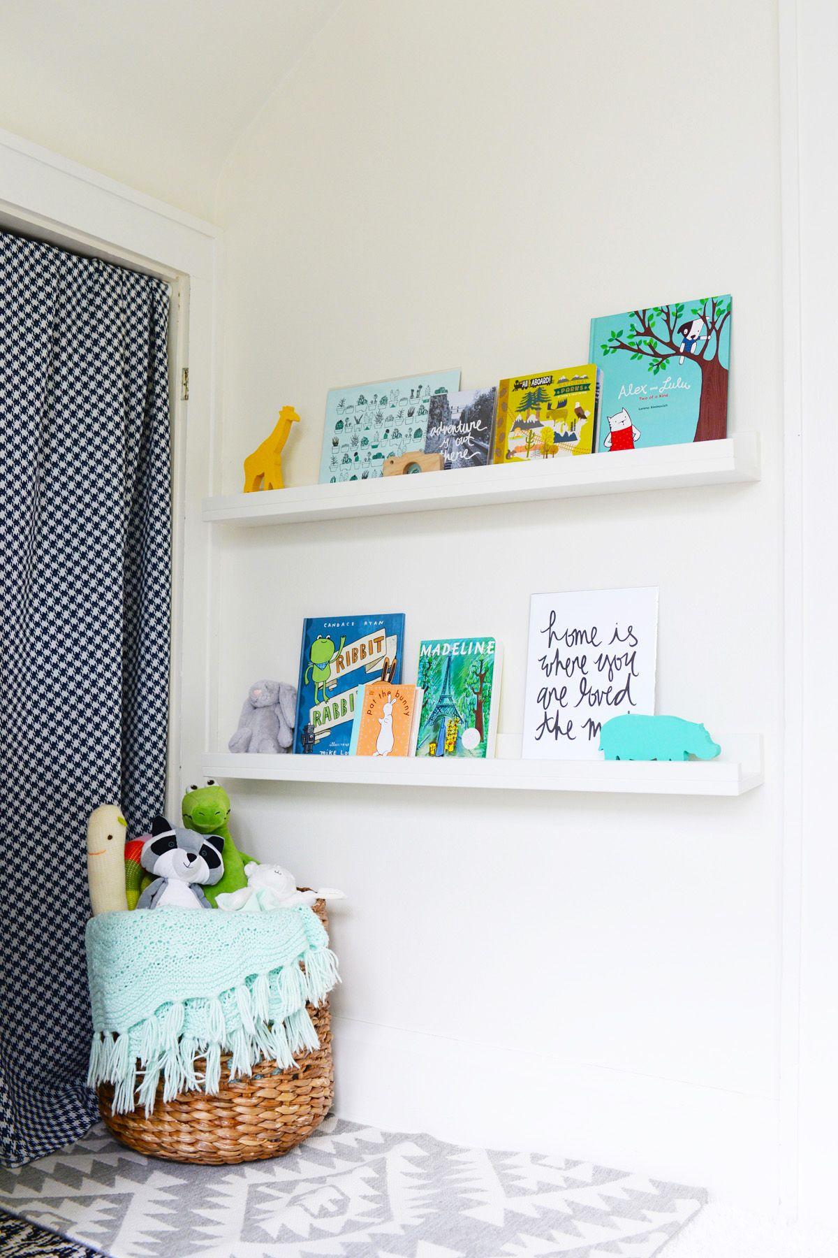 diy floating bookshelves display ILCPCIE
