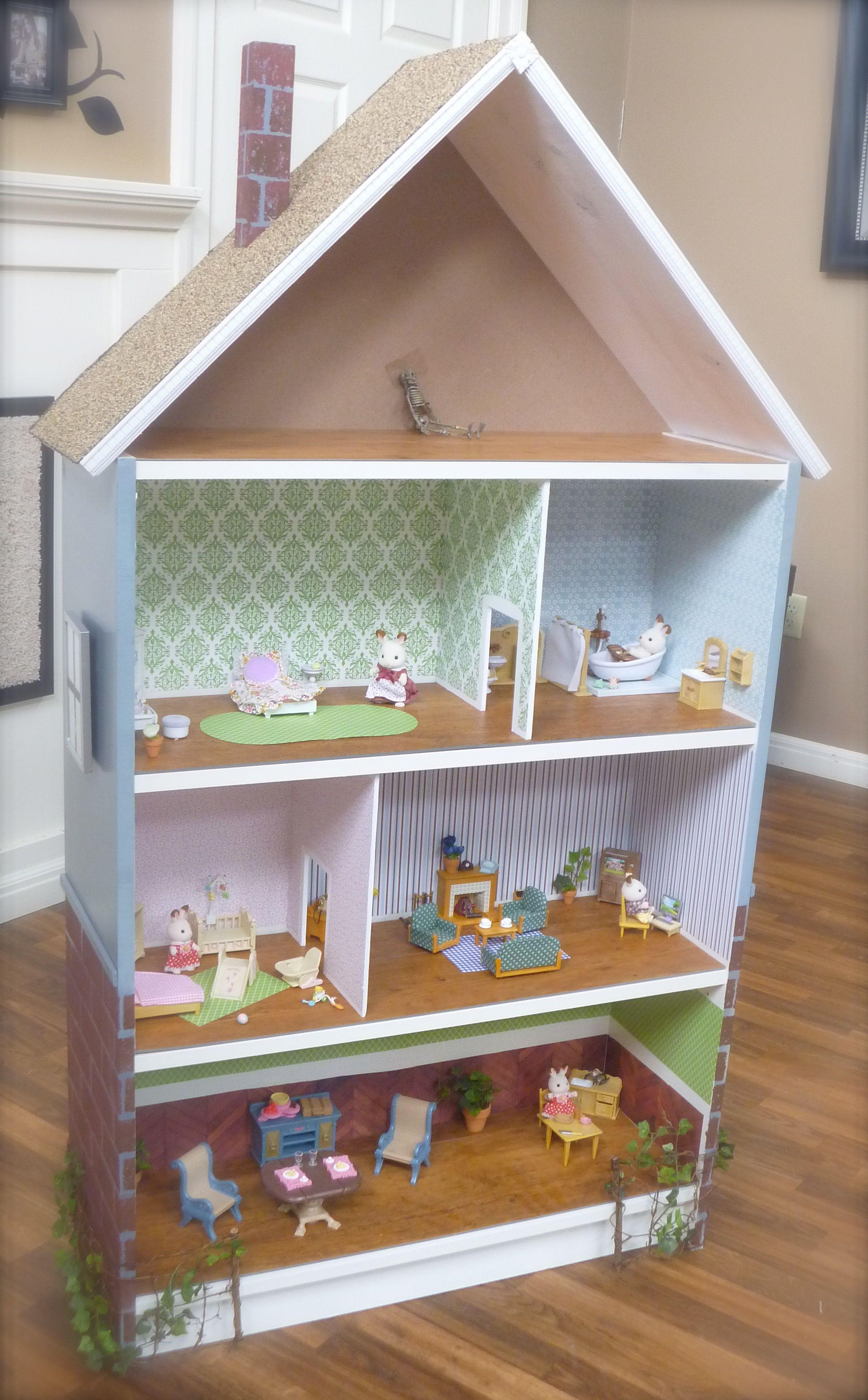dollhouse bookcase brick house hero p1060236 ORYYCGV