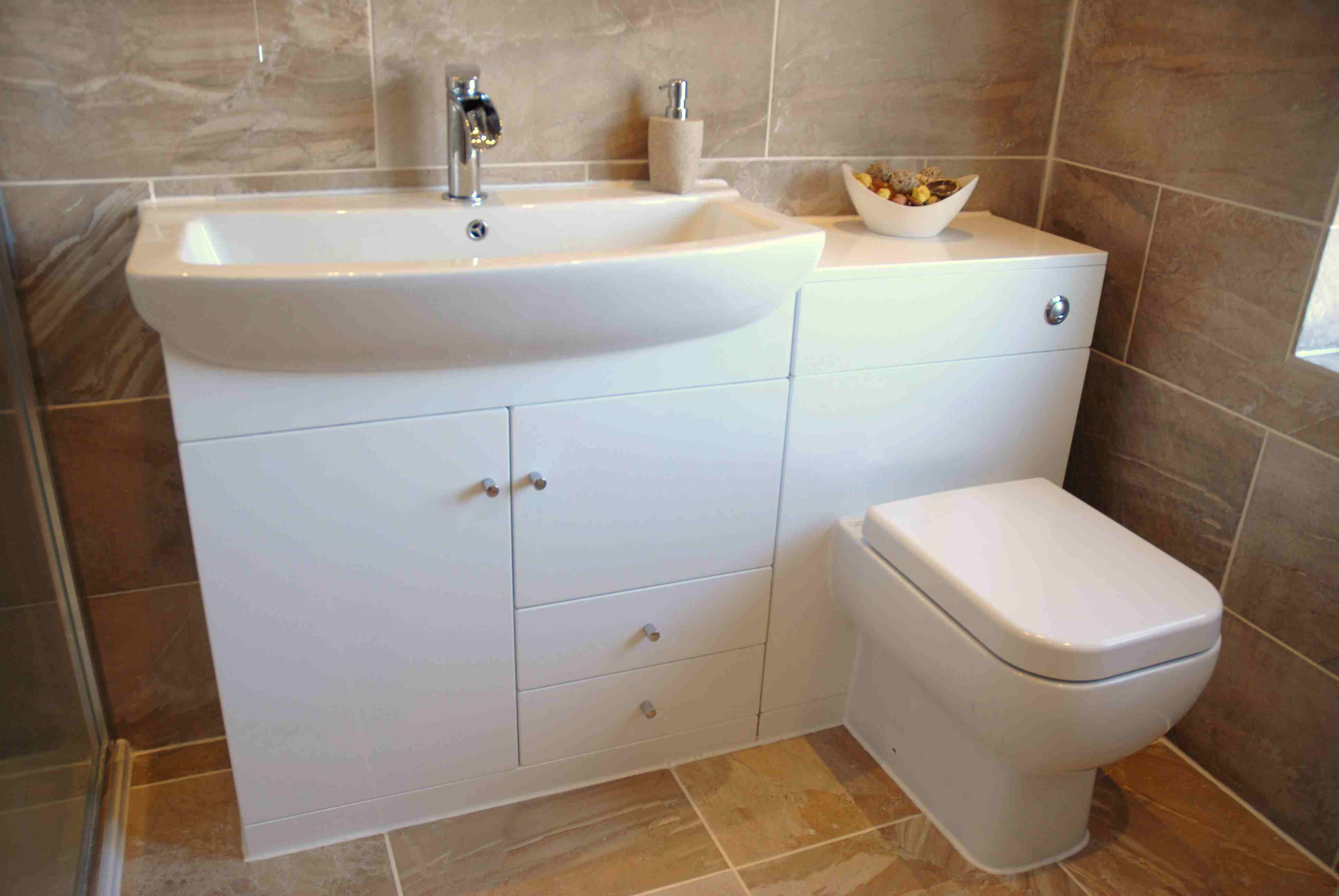 everything about fitted bathrooms VCCFXZS