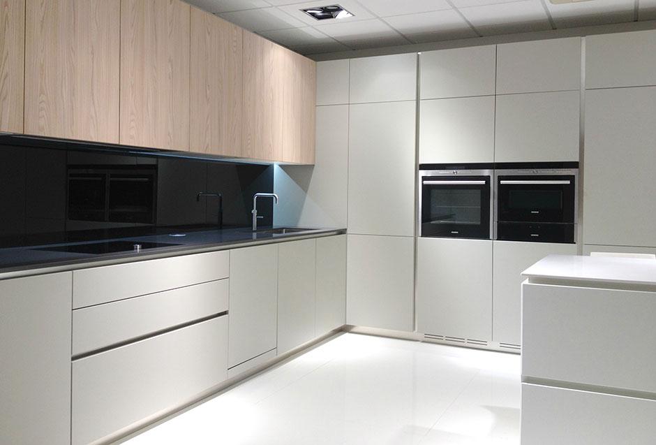 ex display kitchens - 5 IFCOPPG
