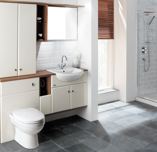 fitted bathrooms use the thumbnails on the right to view more images INWZVIF