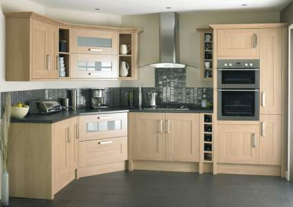 fitted kitchen fitted kitchens also with a high gloss kitchens also with a oak kitchen QIPJBEA