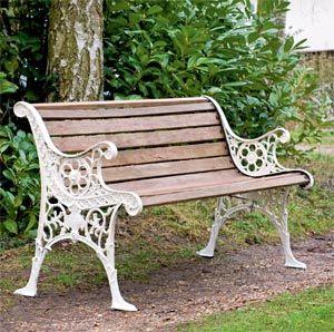 garden benches https://i.pinimg.com/736x/58/47/fe/5847fe127c37ee6... NEEWPRM