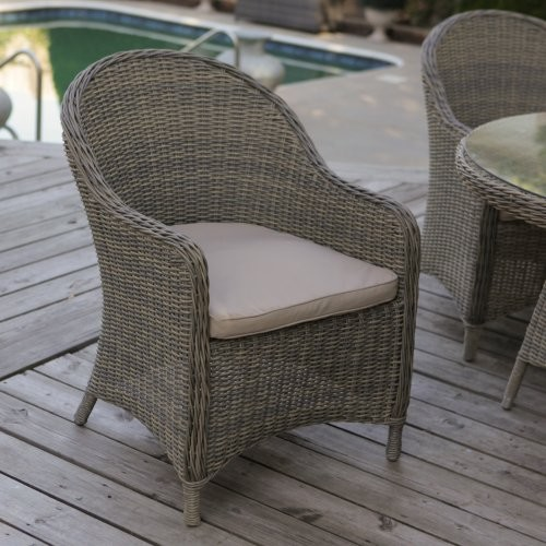 hold a rocking small get together with outdoor wicker chairs - carehomedecor RPIUQYC