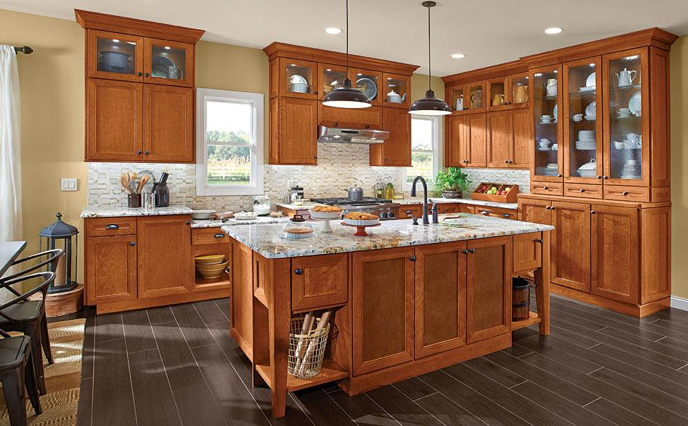 maple finish kitchen cabinets matching maple kitchen cabinets with your kitchen setting 23042
