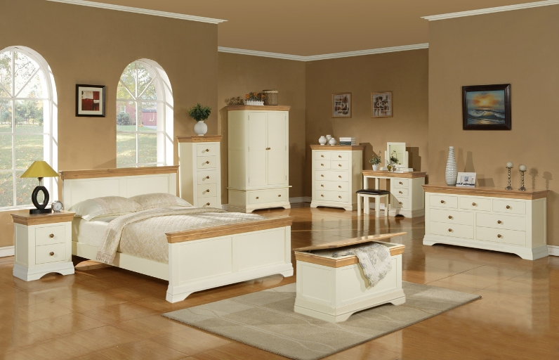 image of: large oak bedroom furniture TBIONVW
