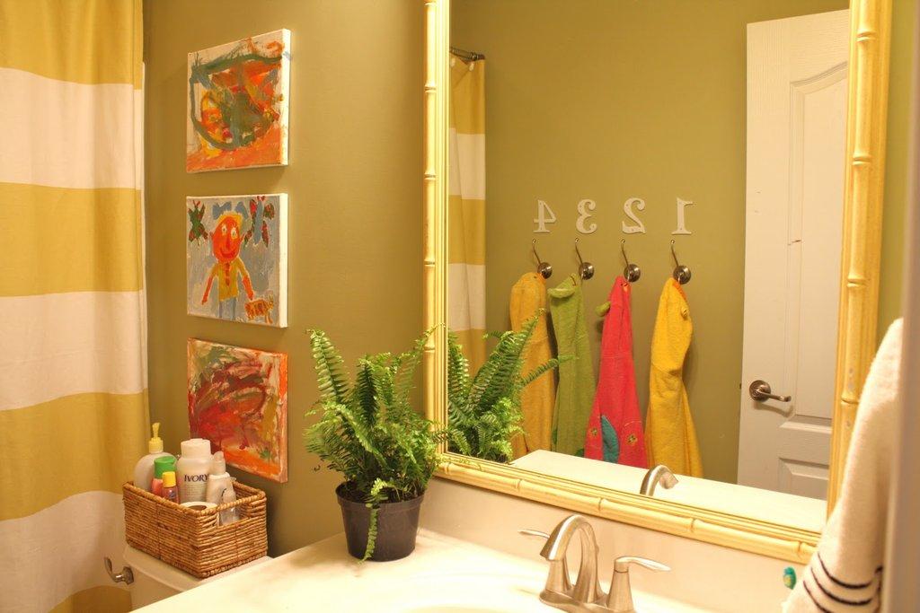 kids bathroom ideas kids bathroom decor ideas | popsugar moms YZABXCX
