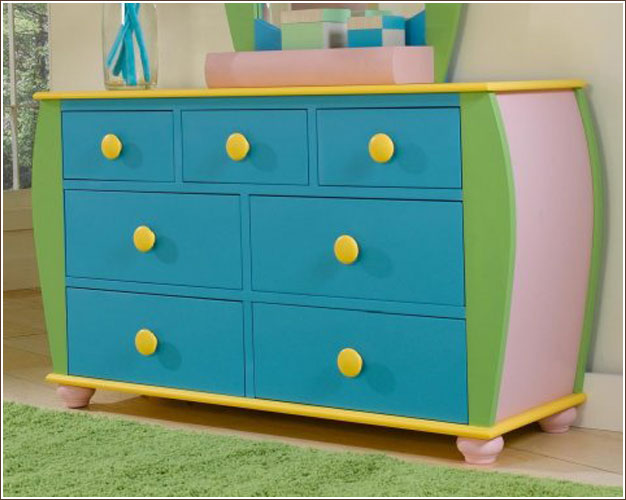 Buy A Lovely Kids Dressers For Your Little Darlings