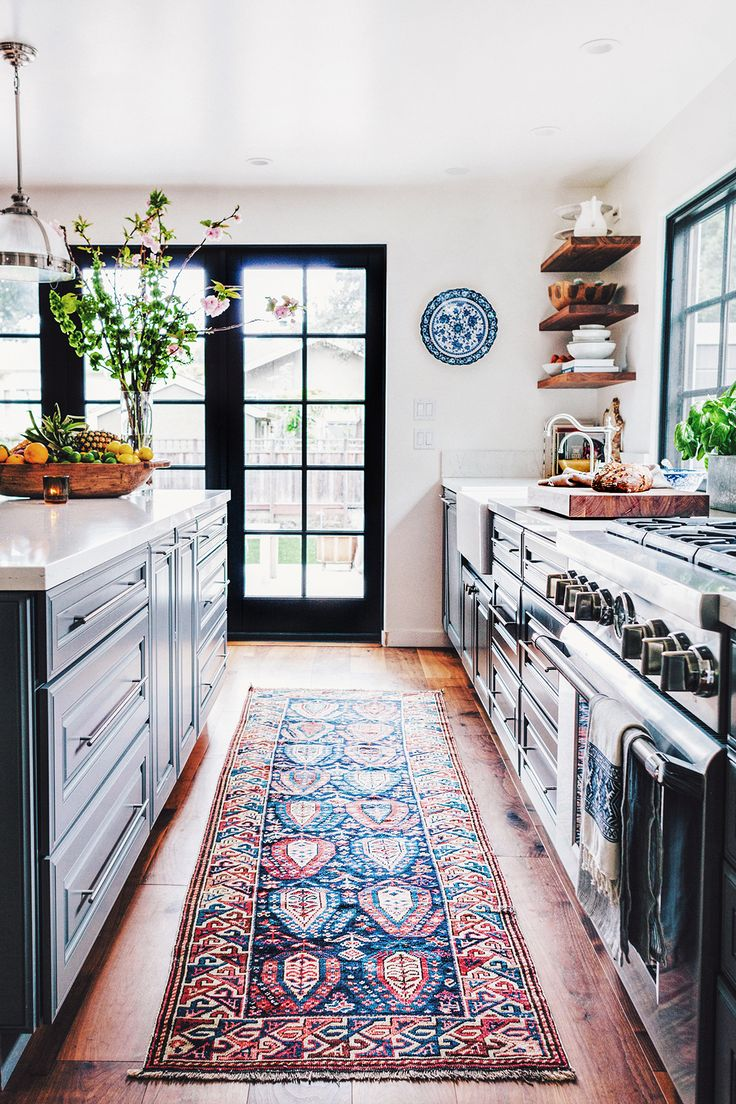 kitchen rug finding the right antique rug ZAUCMGI