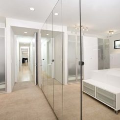 mirrored closet doors closet door designs and how they can completely change the décor MNASWUN