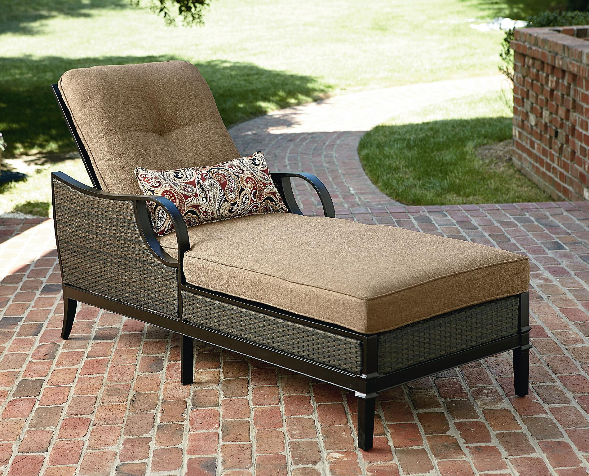 patio lounge chairs la-z-boy outdoor charlotte chaise lounge NWMSQNE
